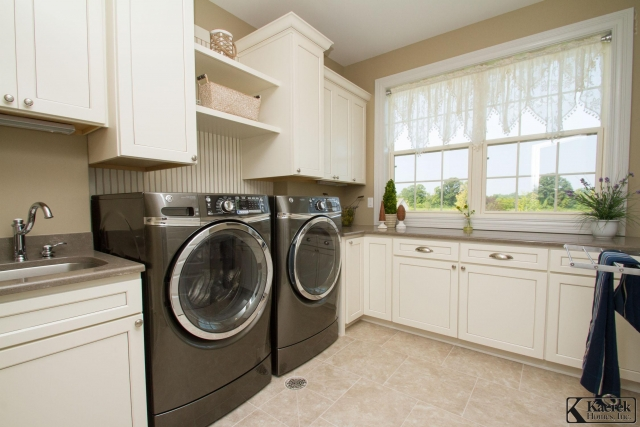 Kaerek Homes Laundry