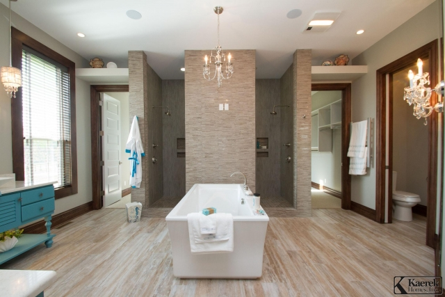 Kaerek Homes Master Bathroom